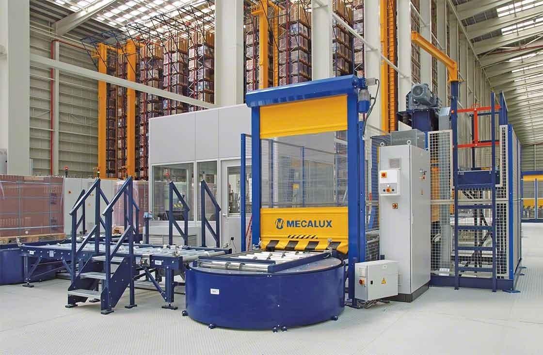 Zodra de goederen in een automatisch magazijn aankomen, passeren de pallets een kwaliteitscontrole-punt alvorens te worden opgeslagen