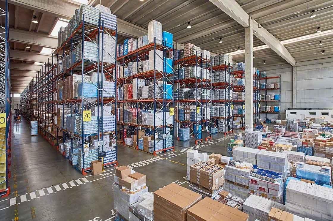 Een grotere verscheidenheid aan producten verhoogt de complexiteit van het voorraadbeheer in het magazijn