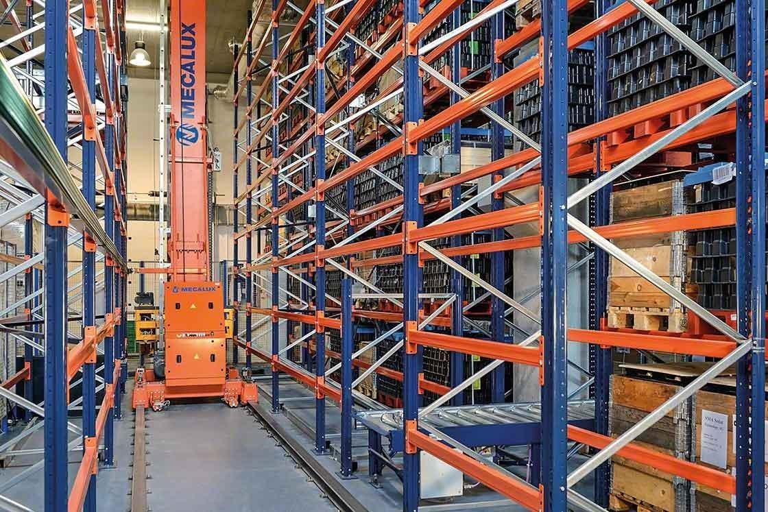 Magazijnkranen verminderen het aantal verplaatsingen, transporteren ladingen sneller, en hebben een directe impact op de optimalisatie van de productiviteit in het magazijn