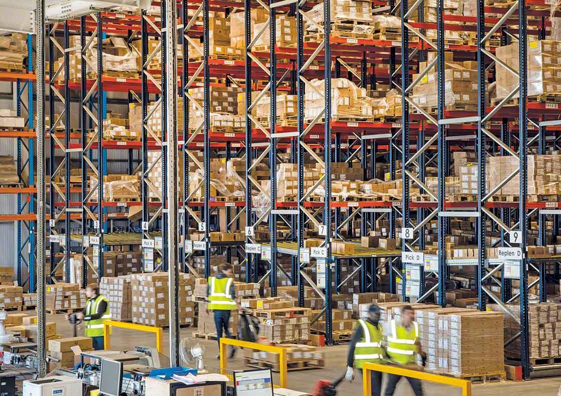 Een teveel aan veiligheidsvoorraden neemt kostbare magazijnruimte in beslag