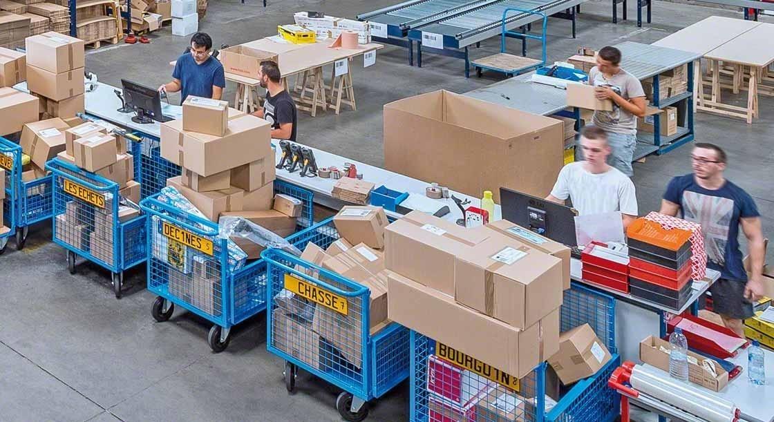 Door uw magazijnpersoneel te trainen zult u uw logistieke activiteiten tijdens een piekperiode, het hoogseizoen of op Black Friday, met succes kunnen coördineren