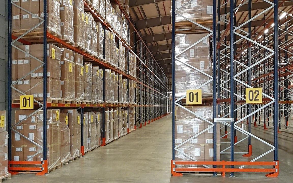 Eddie Stobart Logistics Europe heeft hun magazijnen voorzien van Mecalux rekken
